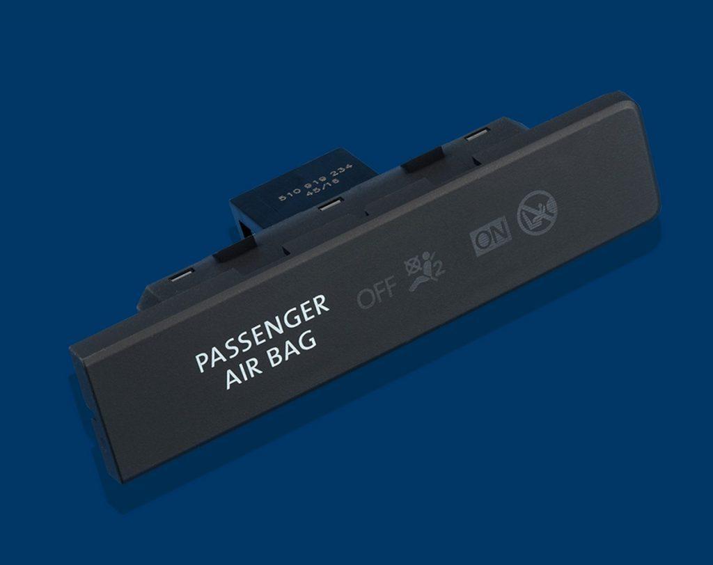 MENTOR-Automotive-Lichtlösungen-Produktportfolio-Cockpit-PAO-Leuchten-8-1024x812